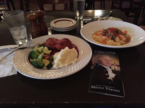 Mount Vernon Inn Restaurant: Bacon wrapped meatloaf and shrimp and grits