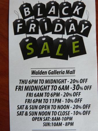 Walden Galleria Mall: Black Friday sale