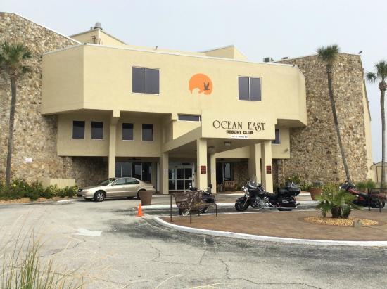 Ocean East Resort Club : Front Entrance