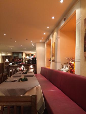 Restaurant Aquila: Inside