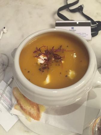 Gillray's Steakhouse & Bar: Soup of the day-pumpkin