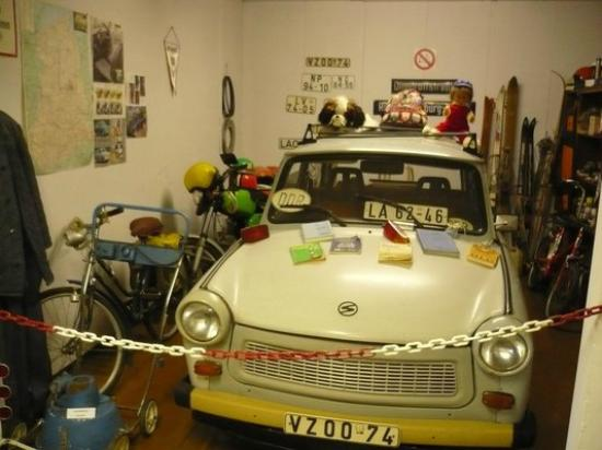 Apolda, Niemcy: Der alte Trabi