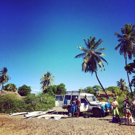 Rise Up Surf Tours Nicaragua: Surf site