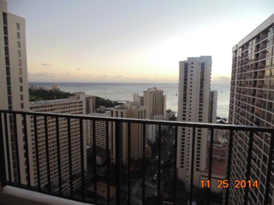 Waikiki Banyan: ocean view from lanai