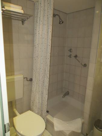 SORAT Hotel Ambassador Berlin: banheiro