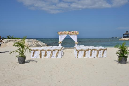 Secrets Wild Orchid Montego Bay Barracuda Beach Wedding Ceremony