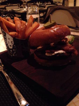 Society Cafe : Society Burger