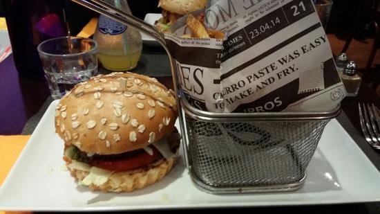 Bistro Montesquieu : Italian burger