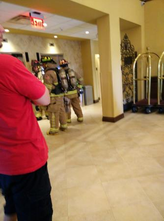 Comfort Suites Miami / Kendall: Elevator fire