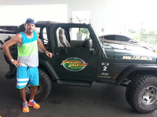 Jungle Jeep Adventure: Let's go get muddy!