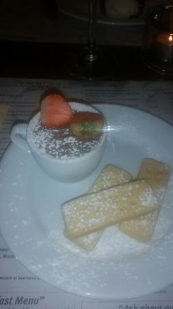 The Hub Alehouse and Kitchen : Mmm chocolate tea cup