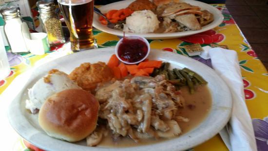 Ned's Southside Kitchen: Thanksgiving dinner 2014