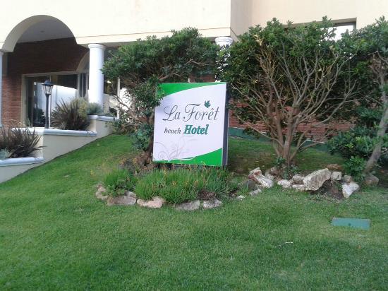 La Foret : entrada principal al hotel