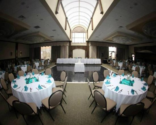 Concorde Inn Rochester Hills Updated 2017 Prices Amp Hotel