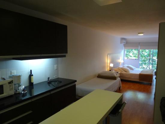 Massini Suites : entrance view
