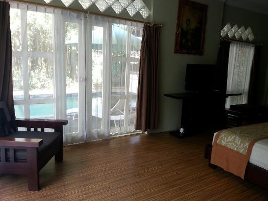 Villa Puri Ayu: Master bedroom in the Diamond Villa.