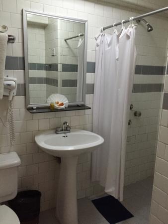 Hotel Maria del Carmen: Sem água quente
