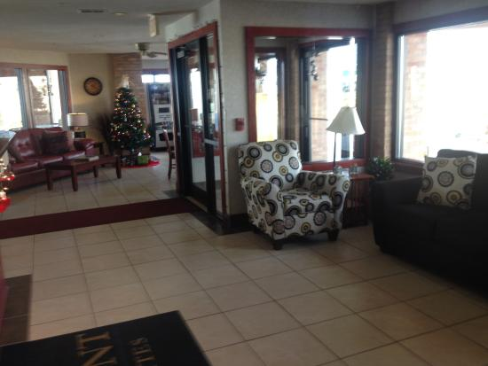 Baymont Inn & Suites Port Huron : Lobby