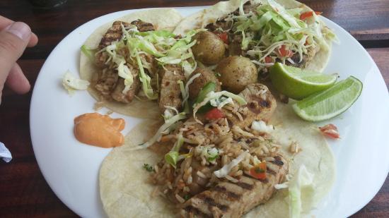 Tacobar Santa Ana: Fish tacos- Tuna Steak (dressed up)