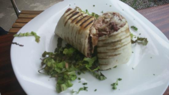 Tacobar Santa Ana: Tuna Steak burrito (undressed, this is how it comes)