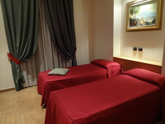 Grand Hotel Europa: ツインルーム部屋の中
