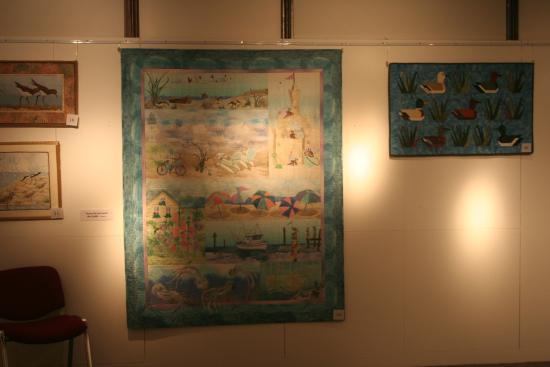 Larne Museum & Arts Centre: Imaginative tapestries.