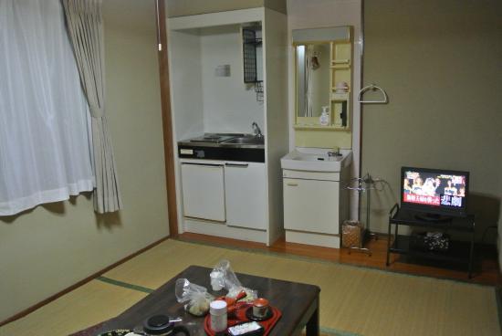 Kannanwaso : 流し台も有って便利な落ち着く和室
