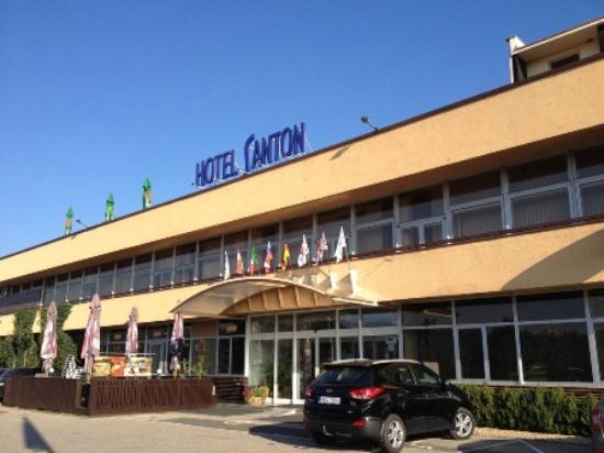 Orea Resort Santon : 高台に立地