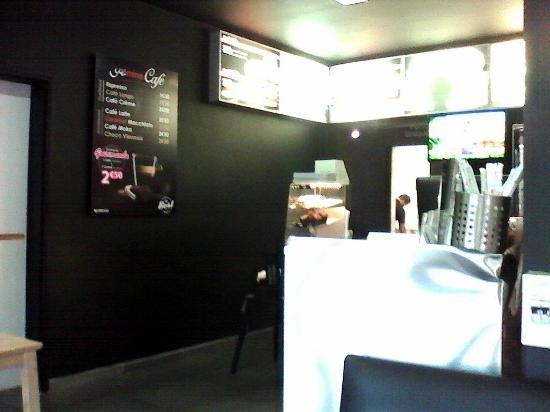 yasmine snack burgers h nin beaumont restaurant avis num ro de t l phone photos. Black Bedroom Furniture Sets. Home Design Ideas
