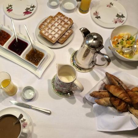 Le Clos de Provins: Un délicieux petit dej