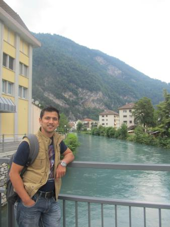 Hotel Chalet Swiss: That's me .. just 2 mins away from the hotel