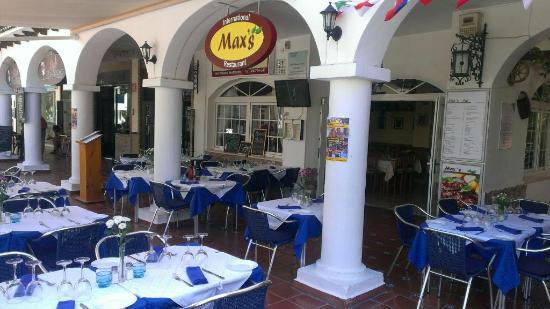 Birdies Bistro: we change name!!! Max's International Restaurant