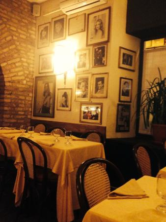 Taverna Flavia: local