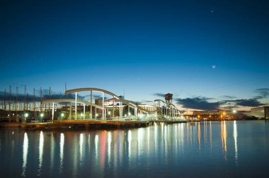 Maremagnum barcelone 2017 les meilleurs conseils for Appart hotel barcelone avec piscine