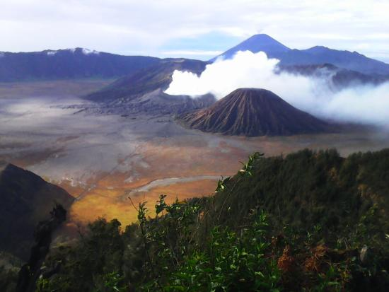 Bali Go Beyond Tours - Day Tours: View to Mount Bromo taken from the top of Mount Penanjakan