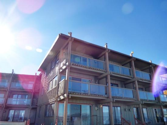 Tahoe Lakeshore Lodge and Spa: Ours was top floor