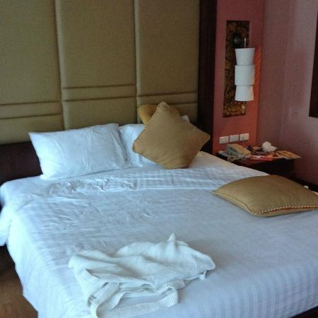 Grand Pacific Sovereign Resort & Spa : Room