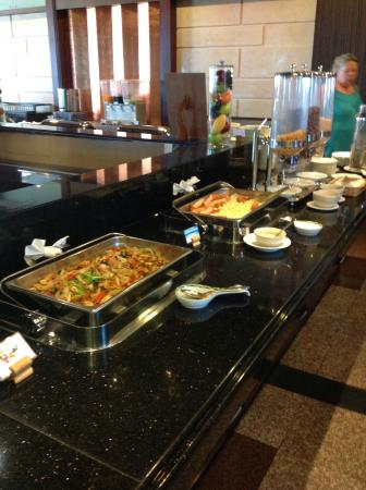 Grand Pacific Sovereign Resort & Spa : Breakfast buffet