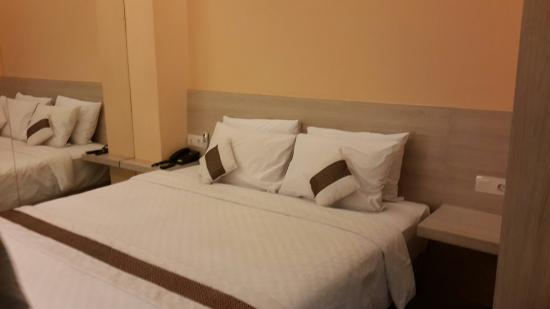 Royal City Hotel: The bed