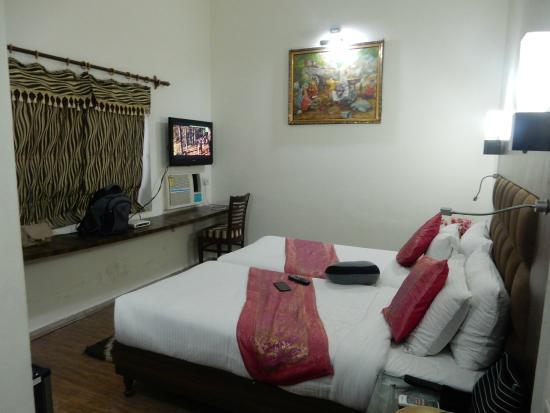 DolphInn Homestay: Room