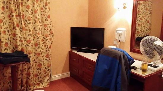 St George Hotel: Bedroom Facilities