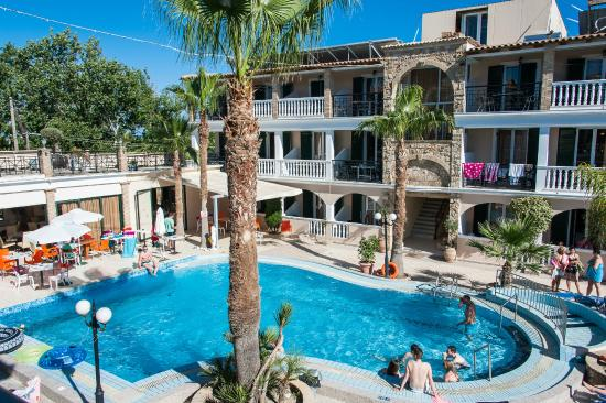 Zante Plaza Hotel & Apartments: Grounds