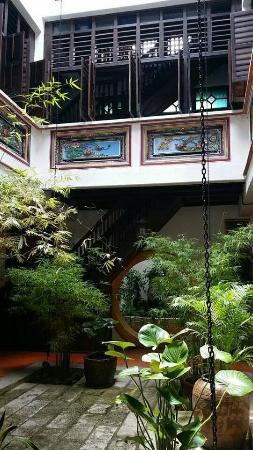 1881 Chong Tian Hotel: Courtyard