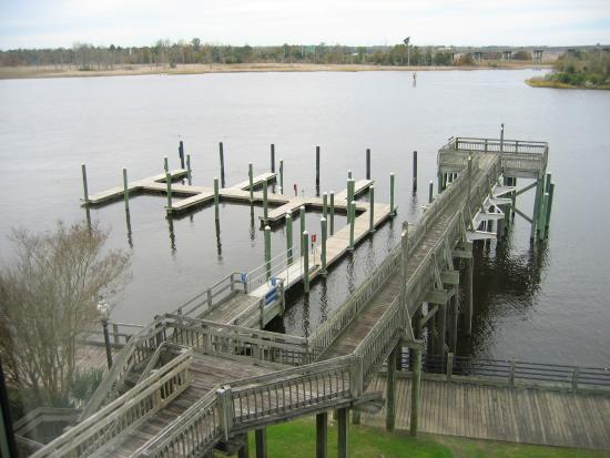 Cape Fear River: the dock/harbor -- there are no benches at the end of the pier any more