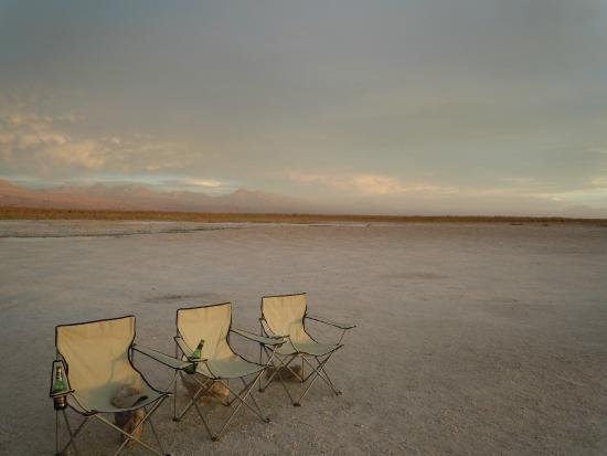 Hotel Noi Casa Atacama: Apéritif sur le salar d'atacama lors d'une excursion