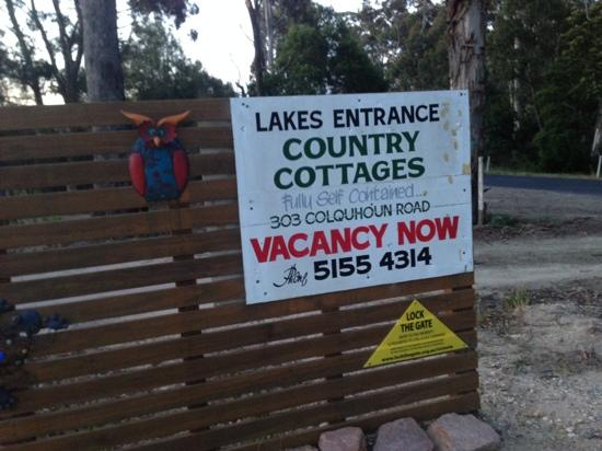 Lakes Entrance Country Cottages: 5