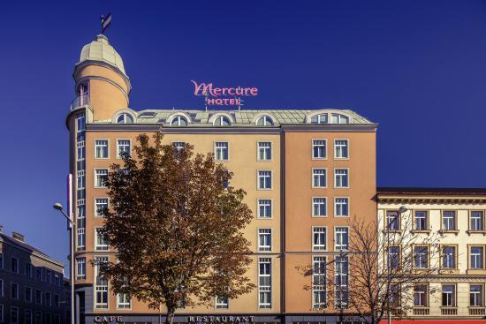โรงแรม แมร์คูเรอ วีนเวสท์บานโฮฟ: Aussenfassade