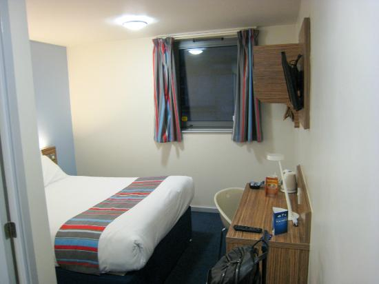 Travelodge London Clapham Junction Hotel Room