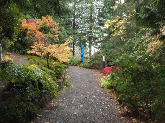Big Rock Garden