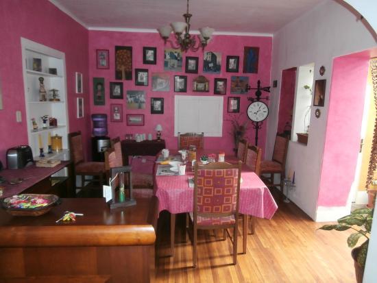 La Casa Amarilla : Dining Area